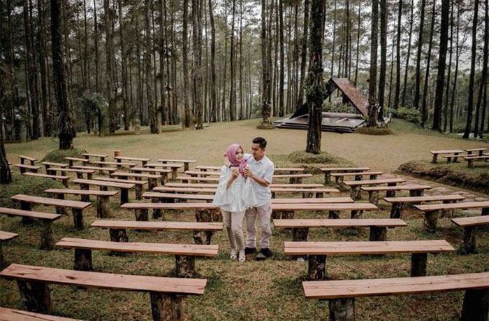 prewedding di orchid forest